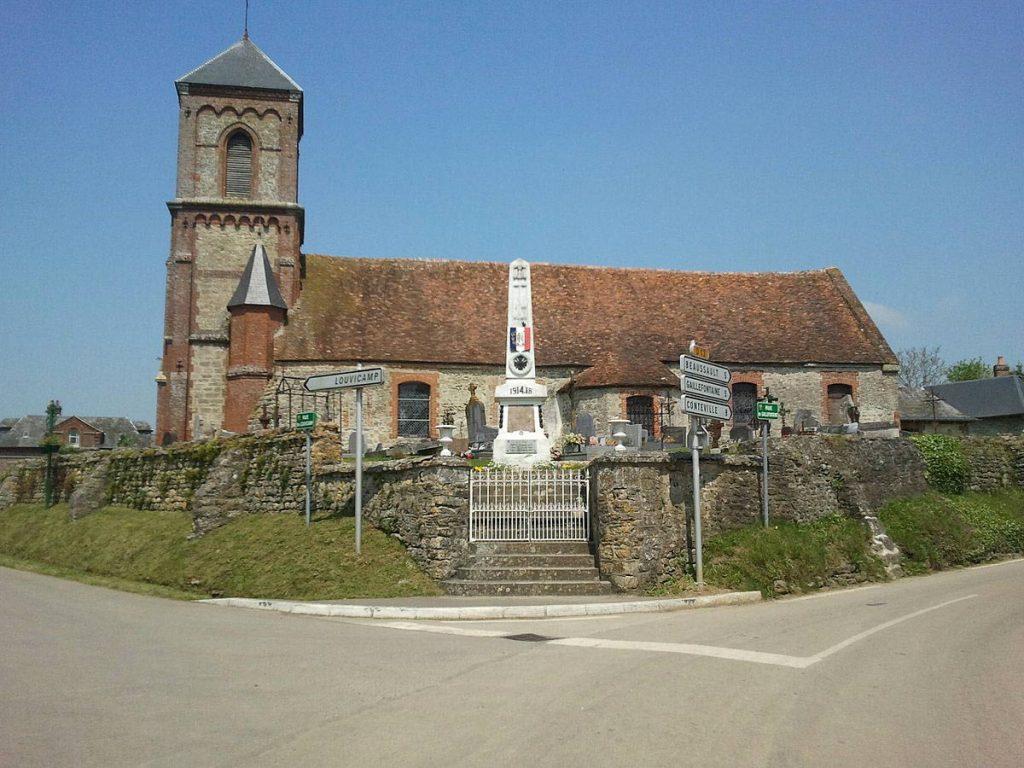L'Église Saint-Pierre et Saint-Marc à Compainville
