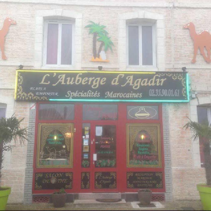 Devanture du restaurant l'Auberge Agadir à Ferrières-en-Bray cuisine du monde