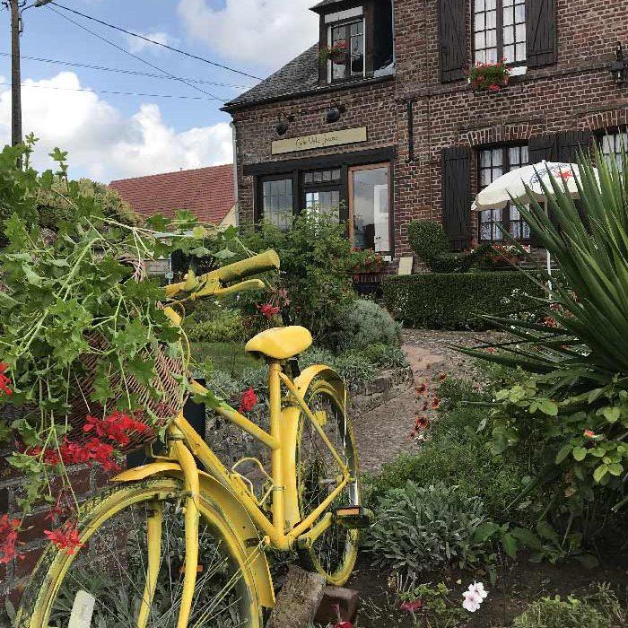 Vélo Jaune restaurant Café Vélo Jaune à Dampierre-en-Bray restauration rapide