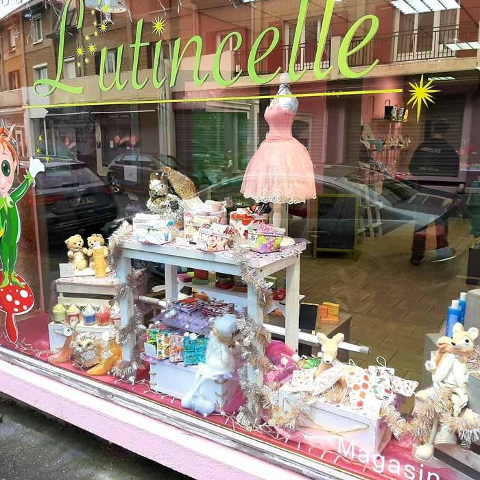 Devanture magasin L'utincelle and Co Boutique Gournay-en-Bray commercants pass avantages