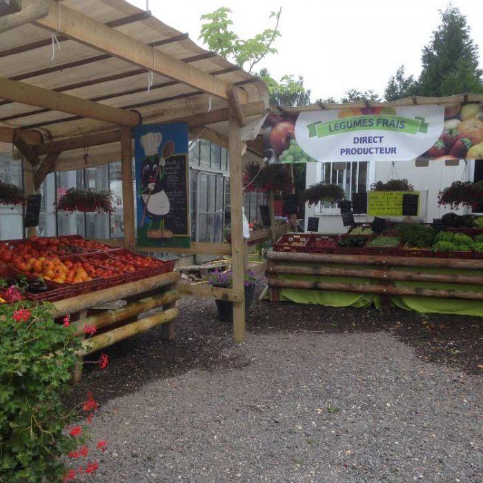 Stand produits frais XENA Floral - Horticulteur et pépiniériste à Elbeuf-en-Bray ommercants pass avantages
