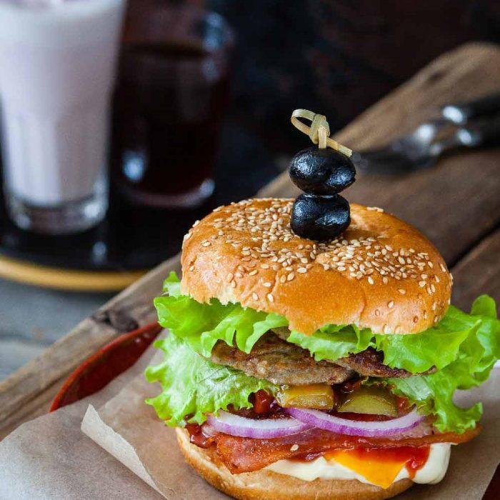 hamburger snack fast food