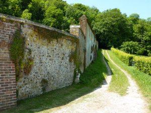 Chemin de randonnée à Bouchevilliers