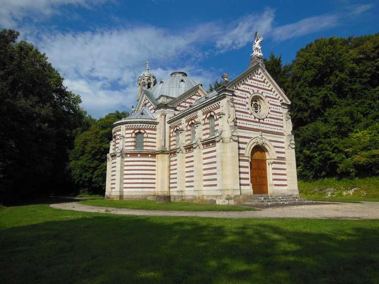 La Chapelle Funéraire des Pomereu d'Aligre au Héron